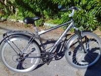 Good bike.  Great commuter urban men's bike.  7 Speed,