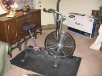 This workout bike is in absolute ideal condition. It