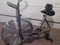 SCHWINN AIRDYNE Upright Dual Action Work Out Bike >