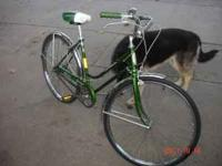 Ladies Schwinn Bicycle 1973; Made in USA; 3-speed; near