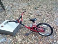 Schwinn Bicycle trailer/trainer. Attaches to the seat