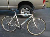 "For sale mens Schwinn crisscross 21speed,27"" bike.It is"