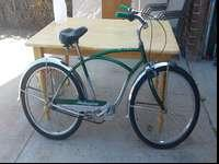 Schwinn cruiser bike with 4 speed gear hub and typhoon