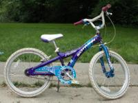 "Type:BicycleSchwinn, 20"" Girl's Bike-With hand and foot"