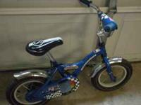 Great first bike. good condition. Have training wheels