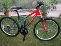 "Like new condition. 21 speed Schwinn ""Midi Mesa"" with"
