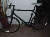 NICE RACER IN NEW CONDITION. 22INCH FRAME. FRONT BRAKE