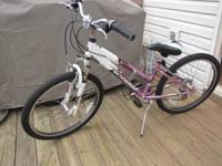 "Schwinn Ranger 2.4 Girls Mountain Bike 24"", like new,"
