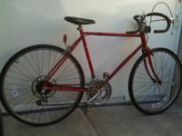 NICE LOOKING, DURABLE AND READY TO RIDE 50CM SCHWINN