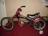For sale Kids Schwinn Stingray Chopper. this bike is