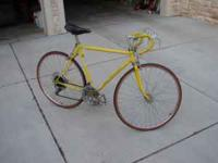 Vintage 1972 Schwinn Super Sport(Yellow). Complete and