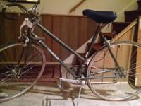 Schwinn Traveler ladies racing bike, 12 gears. Good