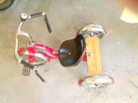 Like brand new Schwinn Tricycle. 2 years old Schwinn,