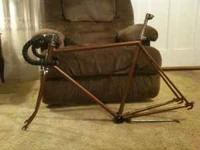 I have a Chicago-made 1975 Schwinn Varsity frame and
