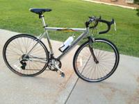 Schwinn Varsity Road Bike in extremely good condition