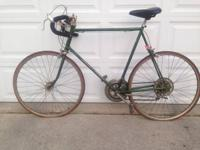 Vintage schwinn varsity roadway bike. Nice shape. Needs
