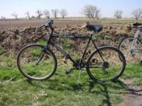 "Schwinn Woodland commuter bike. Size is large 21"". 21"