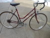 Schwinn ladies 1980's World Sport 10 speed bike.