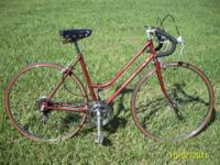 Classic ladies Chicago Schwinn road bike. Quality and