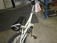 WONDERFUL SCHWINN HITCHHIKER AVAILABLE. IN GREAT