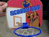 Scooby Doo Basketball Hoop - Mounts with Suction Cups -