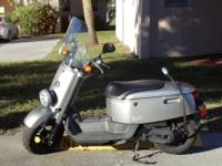2007 Yamaha Scooter C3 49 cc with only 1100 miles.