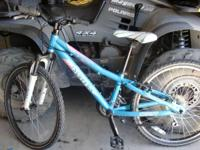 Scott Contessa JR24 Girls Mountain Bike.  $200 obro.