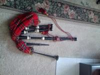 Type: BagpipesSelling Scottish Bagpipes in brand-new