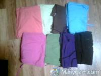 Size small scrubs. can buy sets or seperate. $5 each