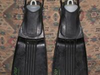 I have a cheap set of black US Divers compros open heel