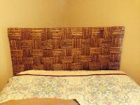Type:FurnitureType:Headboard and frameThis headboard is