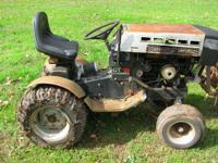 BREAKING FOR PARTS. tractor does run but engine needs