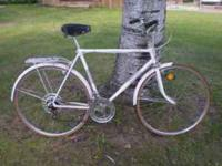 THIS IS A TED WILLIAMS FREE SPIRT 10 SPEED BIKE THANKS