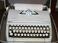 Classic 1970's Sears Celebrity Portable Typewriter with