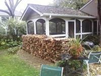 Descripción Seasoned split oak firewood DELIVERED and