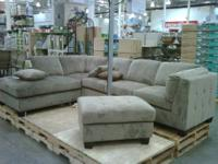 SELLING A 3PIECE SECTIONAL FOR A GREAT PRICE .COLOR IS