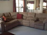 Downsizing:Sectional in Excellent condition, only