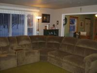 Benchcraft Sectional Sofa with 2 recliner chairs and