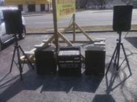 selling Pa system juice 800 watt amp 2 community 15