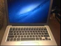 Selling my 2012 13'' Macbook Air for $550! I only used