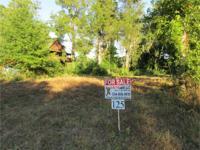 Great waterside home lot in Twin Rivers Preserve.