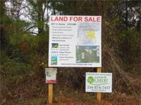 This south Perry County property contains +/ -637