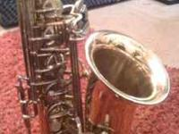 Selmer AS300 alto sax in great condition. I bought it