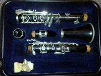 gently used clarinet. reeds are not included. serious