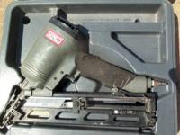 Trimming, Air, Nail Gun, Senco, With Case - Shoots &