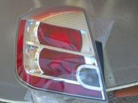 Driverside tail light is good passenger tail light