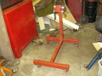 ?AGITATING PARTS CLEANER ?AIR OPERATED ON DOLLY - $125