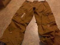 Brown Sessions Rocket snowboard pants size Large.