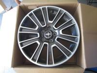 FOR SALE SET OF 4 NEW CHROME RIMS-ASKING 800  THE RIMS