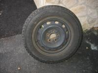 Set of 4 mounted snow tires. Nokian Hakkapelitta 2 were